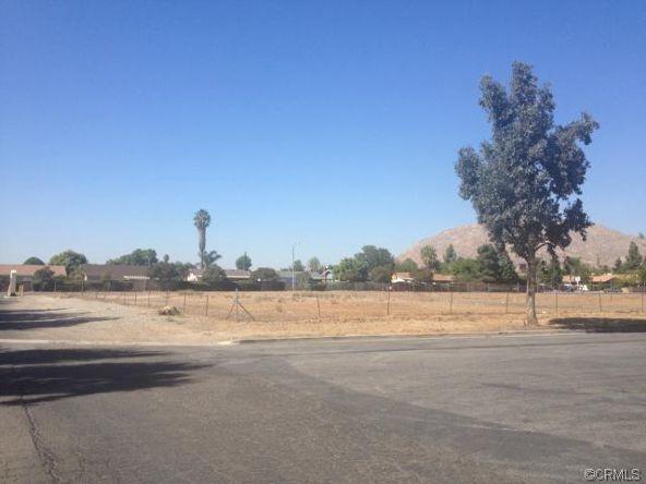 15 Graham Avenue, Moreno Valley, CA 92553 Photo 3