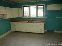 Home for sale: 624 S. State St., Divernon, IL 62530