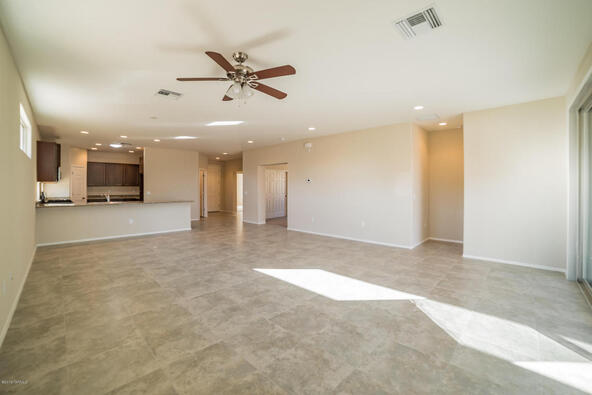 2925 S. Royal Aberdeen Loop, Green Valley, AZ 85614 Photo 4