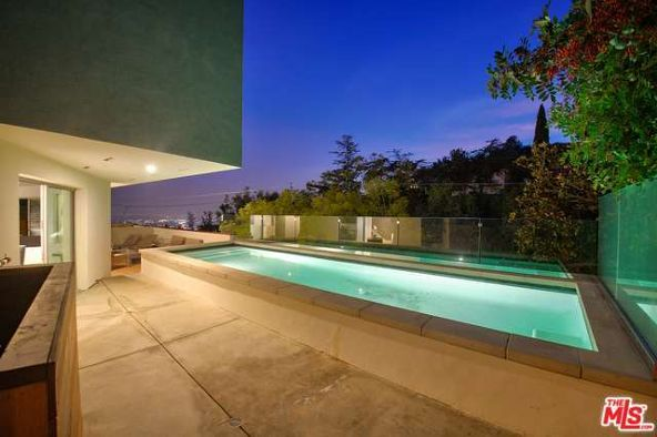 8469 Franklin Ave., Los Angeles, CA 90069 Photo 32