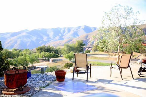 32065 Calle Vista, Agua Dulce, CA 91390 Photo 5