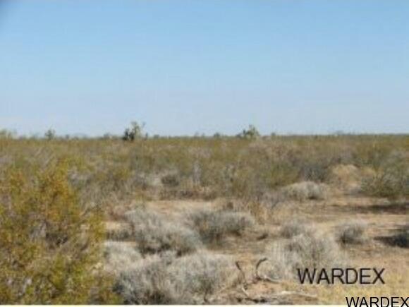 Par 2097 Wild Bill Rd., Yucca, AZ 86438 Photo 10