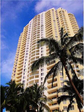 808 Brickell Key Dr. # 3206, Miami, FL 33131 Photo 1