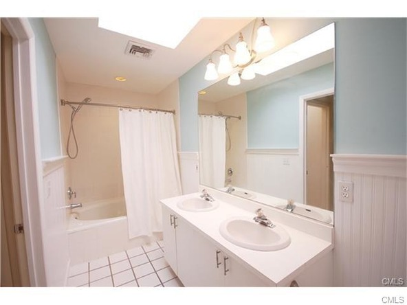 2289 Bedford St., Stamford, CT 06905 Photo 11