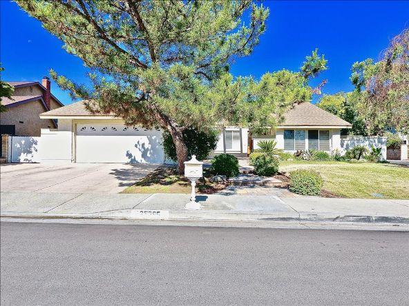 25695 Yucca Valley Rd., Santa Clarita, CA 91355 Photo 2