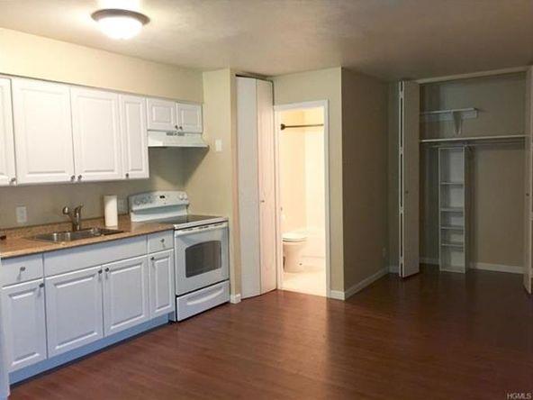 10 Oakwood Terrace, Unit #20, New Windsor, NY 12553 Photo 7