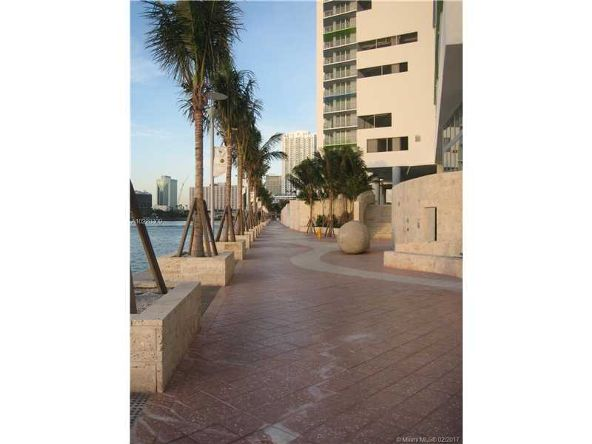335 South Biscayne Blvd., Miami, FL 33131 Photo 28