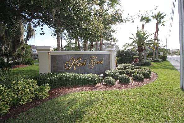 11160 Kapok Grand Cir., Madeira Beach, FL 33708 Photo 2