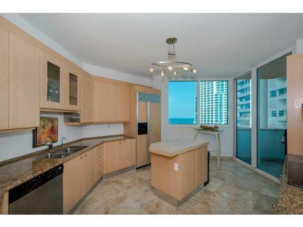 300 S. Pointe Dr. # 1001, Miami Beach, FL 33139 Photo 8