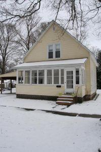 Home for sale: 11 Maple, Bangor, MI 49013