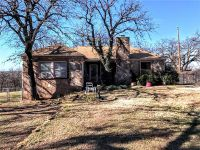 Home for sale: 2300 S.E. 4th Avenue, Mineral Wells, TX 76067