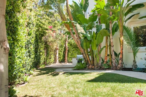 2295 Weybridge Ln., Los Angeles, CA 90077 Photo 24