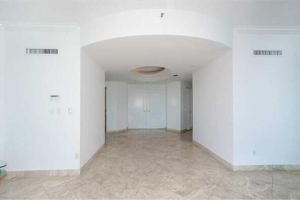 300 S. Pointe Dr. # 1001, Miami Beach, FL 33139 Photo 25