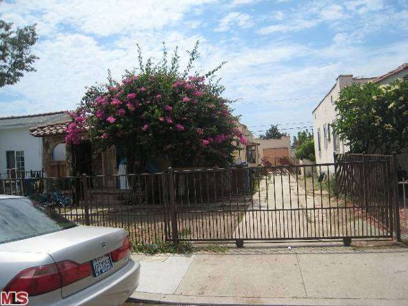 739 S. Woods Ave., Los Angeles, CA 90022 Photo 1