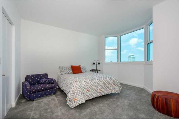 300 S. Pointe Dr. # 1001, Miami Beach, FL 33139 Photo 13