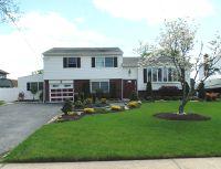 Home for sale: 95 Ocean Avenue, Massapequa, NY 11758