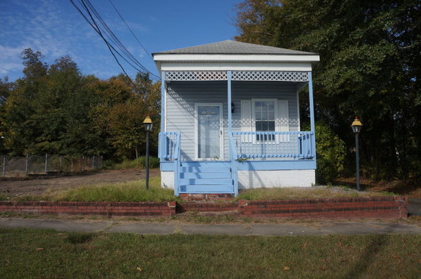 921 Broad St., Phenix City, AL 36867 Photo 1