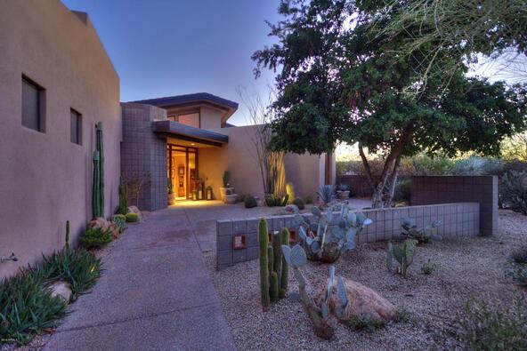 10639 E. Fernwood Ln., Scottsdale, AZ 85262 Photo 2