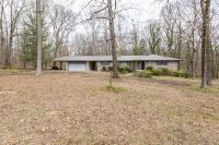Home for sale: 50 Hilldale Rd., Fayetteville, TN 37334