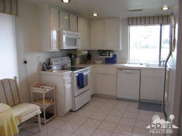 278 San Vicente Cir., Palm Desert, CA 92260 Photo 8