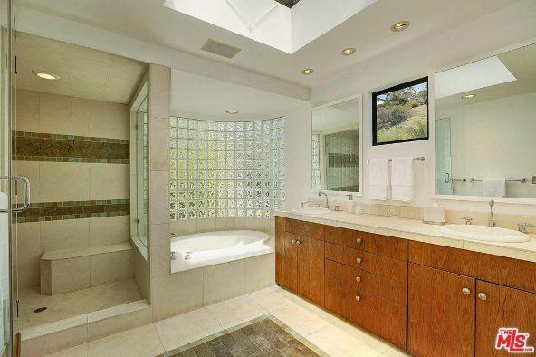 5518 Tuxedo Terrace, Los Angeles, CA 90068 Photo 25