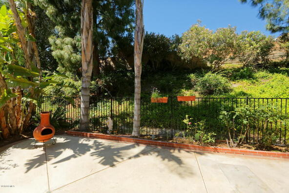 1707 Shady Brook Dr., Thousand Oaks, CA 91362 Photo 21