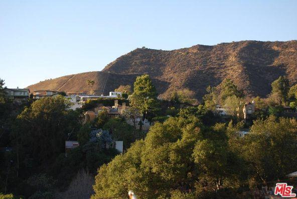 3210 Deronda Dr., Los Angeles, CA 90068 Photo 11