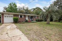 Home for sale: 18 Gilmore Dr., Gulf Breeze, FL 32561