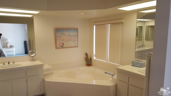 142 Desert Falls Cir., Palm Desert, CA 92211 Photo 9