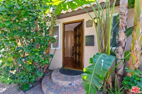 8604 Rugby Dr., West Hollywood, CA 90069 Photo 1