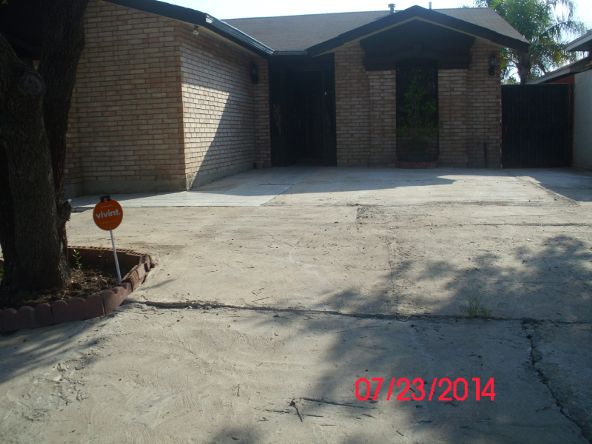 9608 White Wing Dp, Laredo, TX 78045 Photo 12