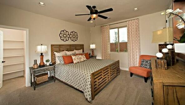 2156 W. Kenton Way, San Tan Valley, AZ 85142 Photo 6
