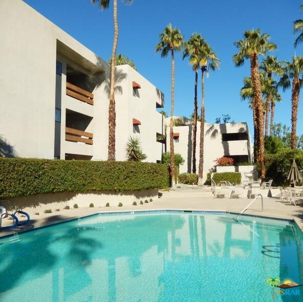 255 S. Avenida Caballeros, Palm Springs, CA 92262 Photo 29