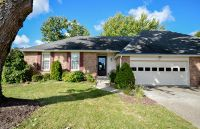 Home for sale: 3707 Woodrail On The Green, Columbia, MO 65203
