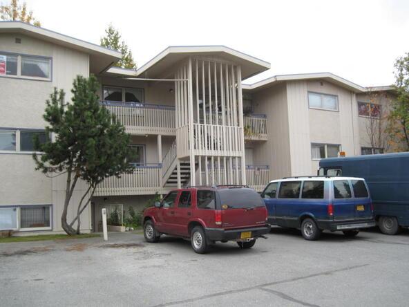 816 W. 23rd Avenue, Anchorage, AK 99503 Photo 2