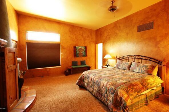 6645 E. Circulo Invierno, Tucson, AZ 85750 Photo 12