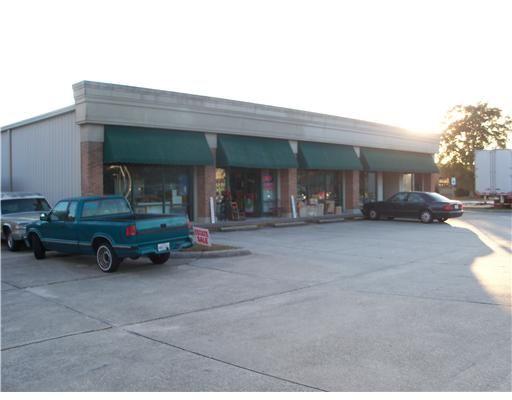 2033 East Pass Rd., Gulfport, MS 39501 Photo 2