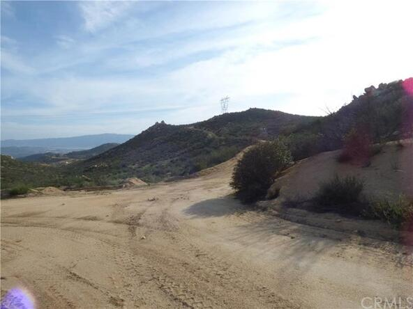 95 El Toro, Lake Elsinore, CA 92532 Photo 19