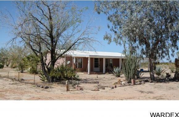 32374 S. Sleepy Hollow Ln., Bouse, AZ 85325 Photo 3