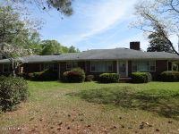 Home for sale: 1201 Broad St., Elizabethtown, NC 28337