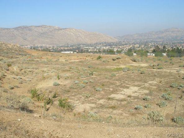 11275 Eagle Rock Rd., Moreno Valley, CA 92557 Photo 32
