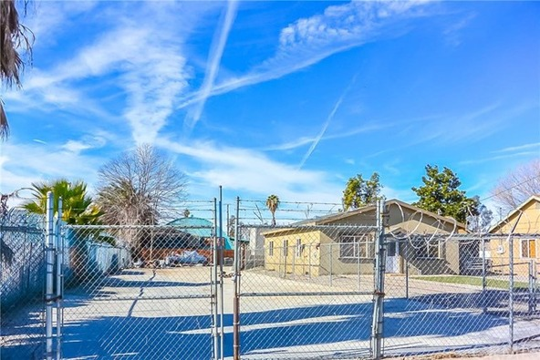 358 S. Pershing Avenue, San Bernardino, CA 92408 Photo 14