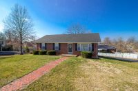 Home for sale: 902 Beaumont, Harrodsburg, KY 40330