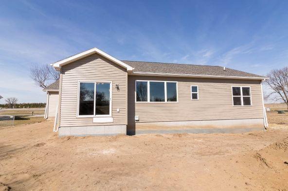 5334 Lafayette, Elk Run Heights, IA 50707 Photo 23