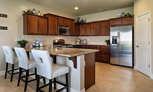 9112 Holyoke Dr., Bakersfield, CA 93313 Photo 3