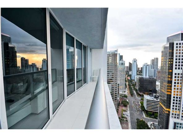 485 Brickell Ave., Miami, FL 33131 Photo 3