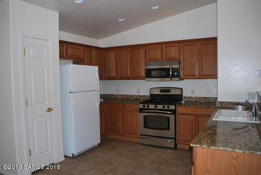 2486 Copper Sunrise, Sierra Vista, AZ 85635 Photo 4
