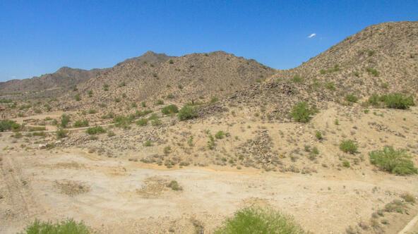 21059 W. Canyon Dr., Buckeye, AZ 85396 Photo 5