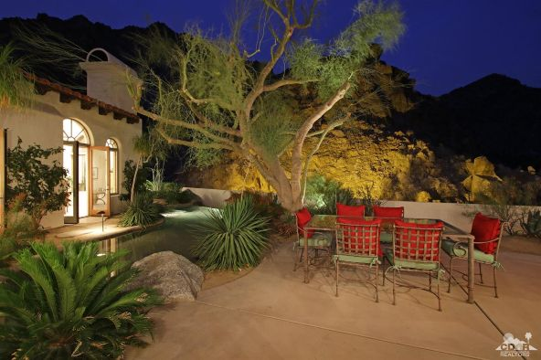 48690 Via Sierra, La Quinta, CA 92253 Photo 2