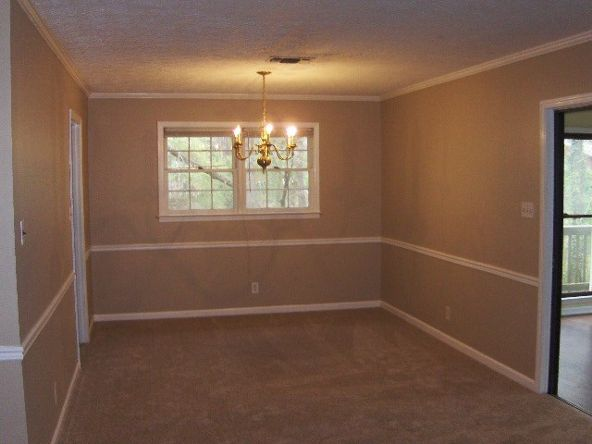 789 Forest Lake Dr. South, Macon, GA 31210 Photo 6